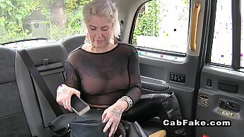 Blonde Girl Dicked Inside A Taxi Driver