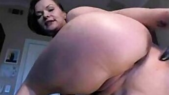 Busty milf big ass solo before her morning dream