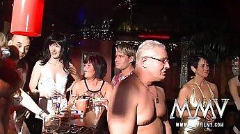 Blonde MILF Vips Mature German Homegirl with Fantastic Drop Down Workout