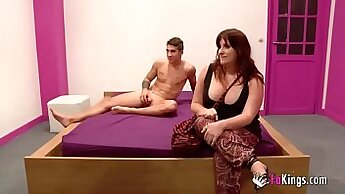 Casting beauty with great body Bella Blew fucks for money
